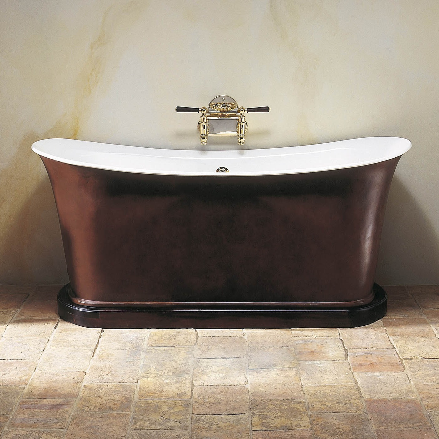 Empire bath in plinth Empire bathrooms